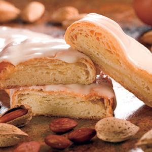 Almond Kringle O Amp H Danish Bakery Of Racine Wisconsin