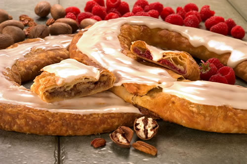 Pecan and Raspberry Kringle - Our most Popular Pair