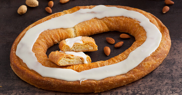 Item #: 1000 - 16 Almond Kringle