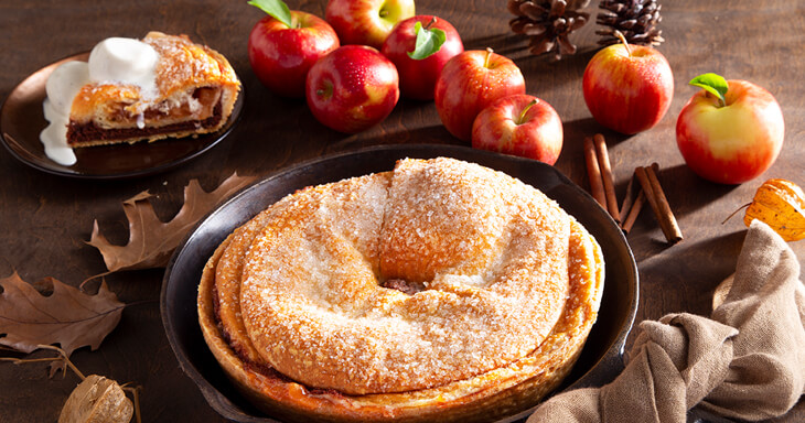 Item #: 444 - Apple Cinnamon Kringle Pie