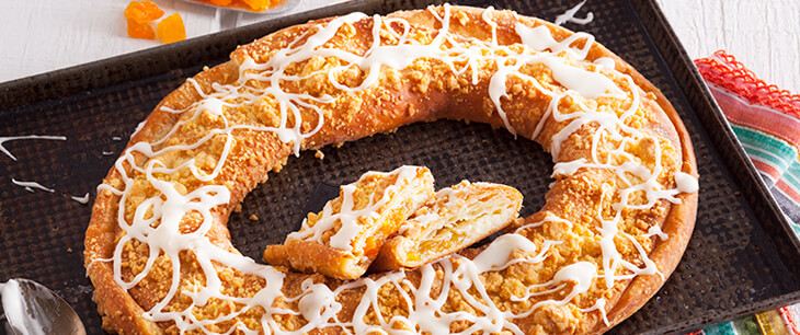 Apricot Cheese Cobbler Kringle