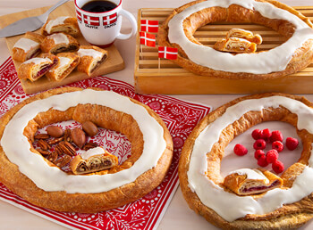 28 Count Assorted Kringle Carton