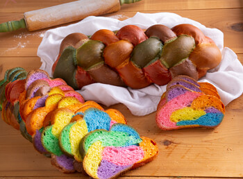 Easter Braided Colored Bread (967E)