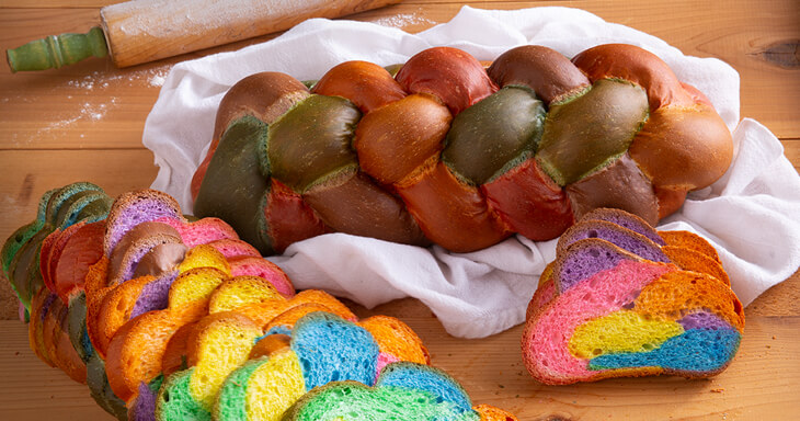 Item #: 967E - Easter Braided Colored Bread