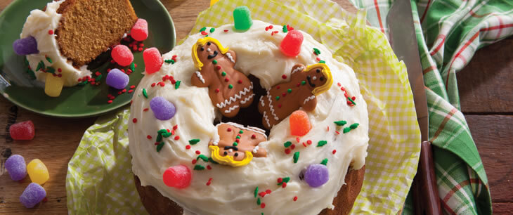 Gingerbread House Crown Cake