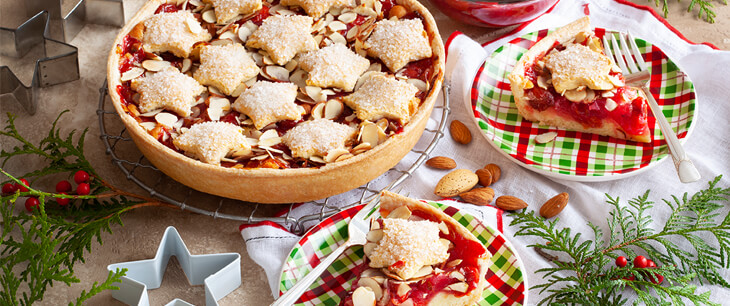 Merry Cherry Christmas Pie