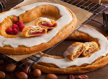 12 Kringle Gift Pack