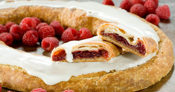 Item #: 3000 - 16 Raspberry Kringle
