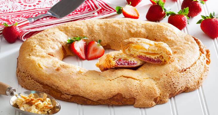 Item #: S012 - Strawberry Shortcake Kringle