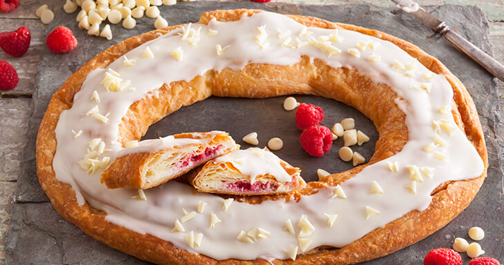 Item #: S024 - White Chocolate Raspberry Cheesecake Kringle